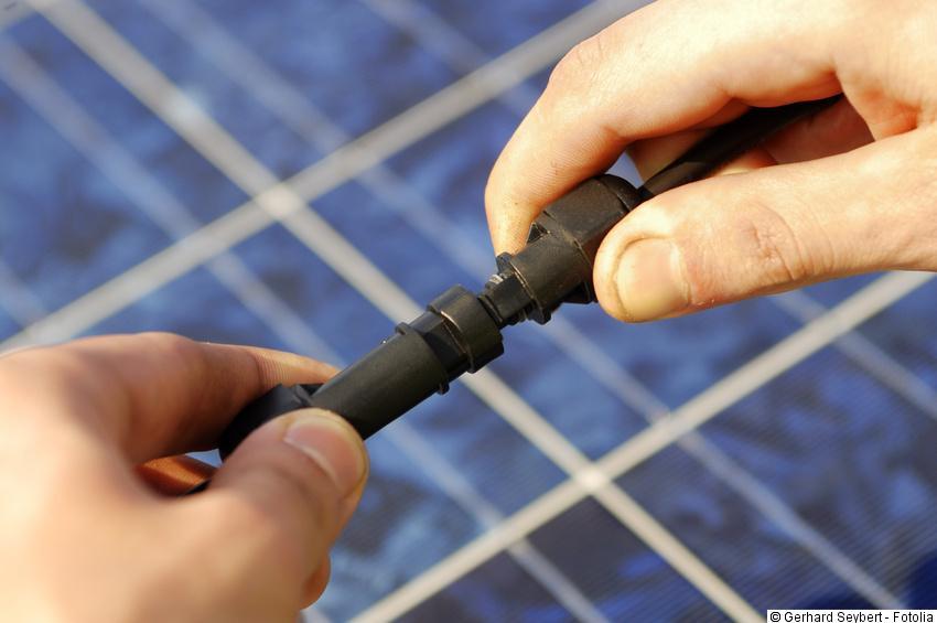 Verkabelung & Anschluss der Photovoltaik Module
