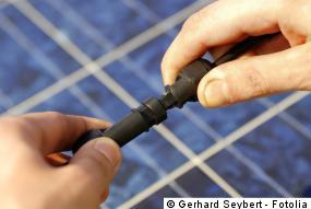 Verkabelung der Photovoltaik Module