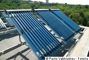Flachdachmontage der Solarthermieanlage